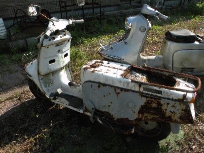 サビ劣化の激しいスクーター